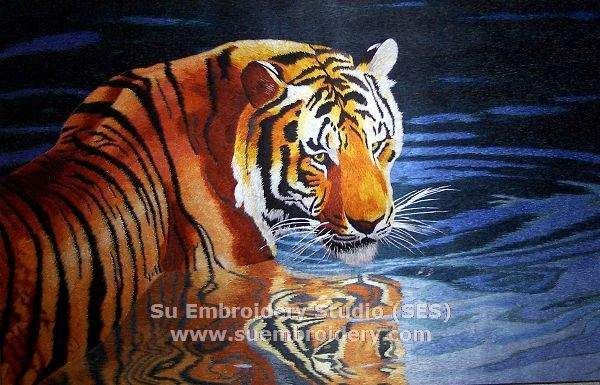 tiger in water embroidery picture