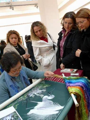 chinese embroidery exhibition