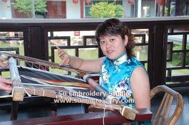 Ni Xuejuan embroidery artist